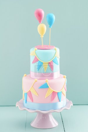 与气球生日蛋糕